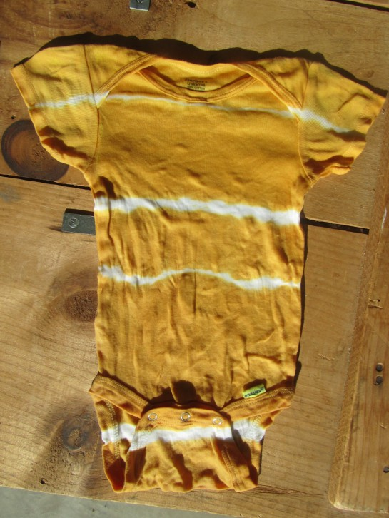 Dyeing Fabric With Turmeric Dye-tied With Turmeric